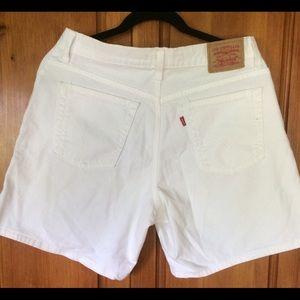 Levi's white denim high wasted shorts size 12 mis